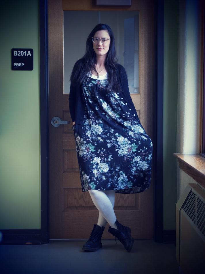 thlt-90s-floral-dress